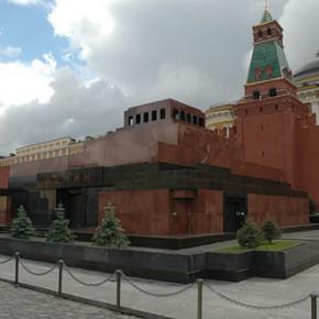 Кому и зачем нужен вынос тела Ленина из мавзолея?