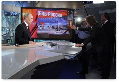 Интервью Путина: плюй в глаза, а все Божья роса…