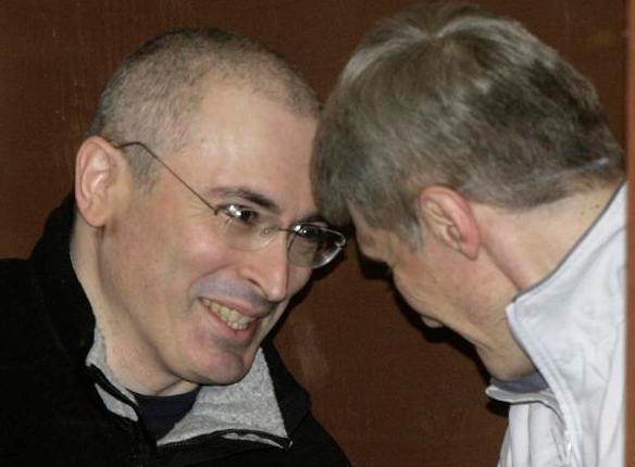 Перед экспертизой приговора Михаил Ходорковский переиграл Путина и Медведева «всухую»