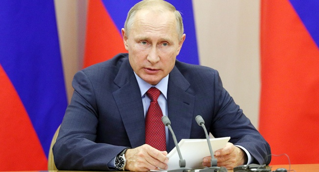 Блогер: к 2019-му россияне вернутся в «смутные 90-е», а еще придет прозрение: «царь-то не настоящий!»