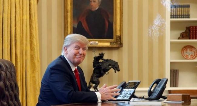Эксперт: Трамп будет играть, как против республиканцев, так и демократов