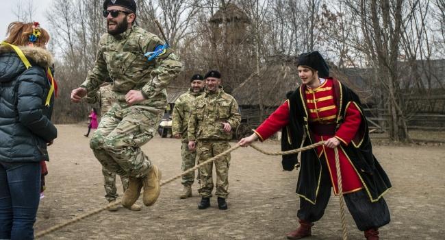 Блогер: почему это грузинскому легиону можно взять и уйти из части, а бердичевскому или жмеринскому легиону нельзя?