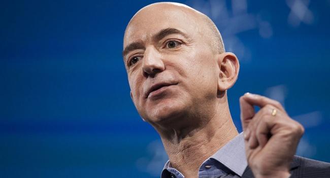 Состояние самого богатого человека в мире увеличилось до 105 миллиардов долларов