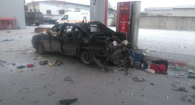 Во время заправки в Шостке взорвался автомобиль, - последствия