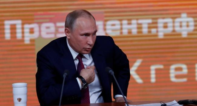 Политолог рассказал, что скрывается за заявлением Путина о готовности передать Украине военное имущество с Крыма