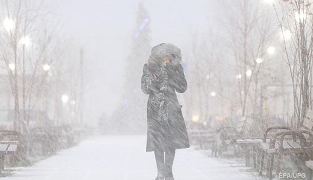 Украинцев предупредили о приближении сильных снегопадов и морозов