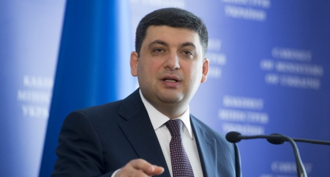 Гемпель: «Украинскому премьеру нужно провериться – он должен находиться в психбольнице»