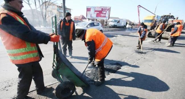 «Укравтодор» представил программу ремонта дорог в Украине на 2018 год