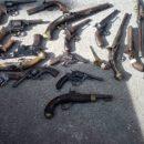 Экс-милиционер разворовал коллекцию раритетного оружия по заказу Януковича и Ко