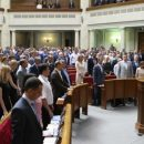 История дала нам шанс. Наш парламент, мягко говоря, не идеален, но этот парламент имеет 300 голосов проукраинских фракций, – нардеп