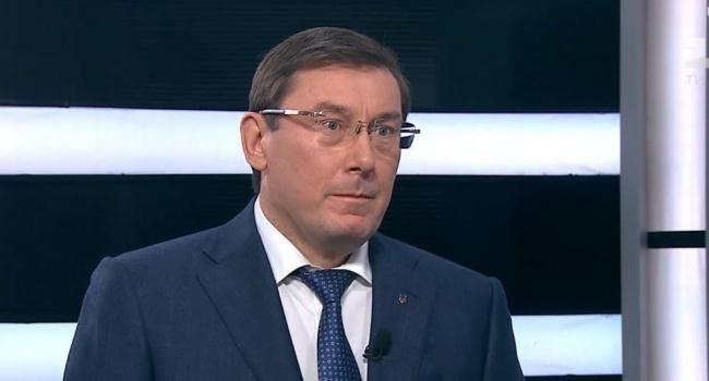 Блогер: антикорупціонер – це той, хто повернув вкрадені гроші Януковича, а не той, хто намагається їх повернути назад