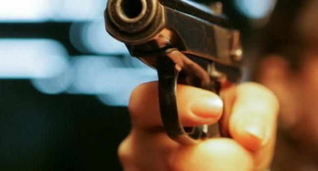Стрельба в Одессе: преступник застрелил своего сообщника, ранил таксиста и трох полицейских, - МВД