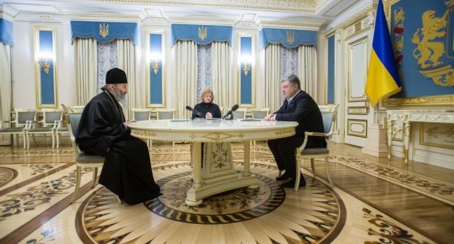 Порошенко обсудил вопрос возврата пленных с главой УПЦ МП