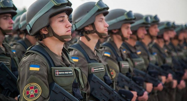 Армия Украины всего за три года стала одной из самых эффективных в Европе, - Порошенко