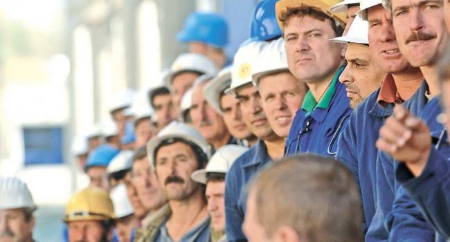 Политолог рассказал, как с помощью гастарбайтеров Россия приведет к власти в Украине своего президента