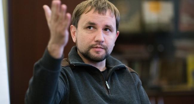 Блогер: обрусевшие миллионы «советских» людей ведут агитацию за свой «советский мир», поэтому нам нужен Вятрович