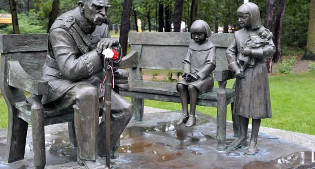 Юрий Тыщук: интересно будет наблюдать, если поляки решаться судить самих себя, во главе со своим героем Пилсудским