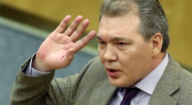 В РФ хотят принять закон, чтобы наказывать за отказ причислять бандеровцев к нацистам