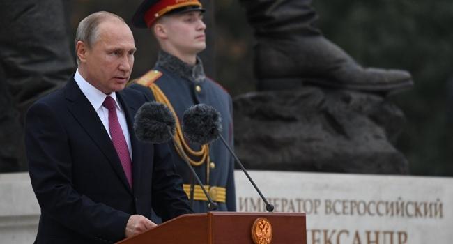 Волонтер: «Смерть Сталина» обязательно посмотрит Путин, ведь это история про него. Не такая масштабная, но такая же отвратительная