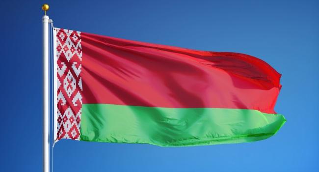 Журналист: «Батьке верить нельзя. Беларусь готовится к военным действиям»