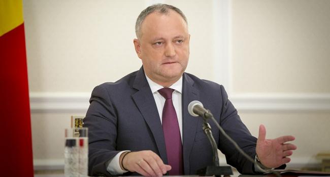 Додон заявил о возможности начала войны Молдовы с Румынией