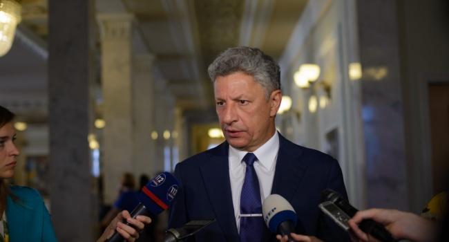 Политолог: атаки на Луценко связаны с «вышками Бойко». Дело не стоит на месте и это некоторых людей сильно беспокоит