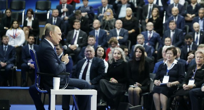 Манн: в России сами кандидаты в президенты все делают для того, чтобы у людей не осталось выбора, кроме, как голосовать за Путина
