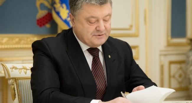 Порошенко активировал меры против информационной агрессии России