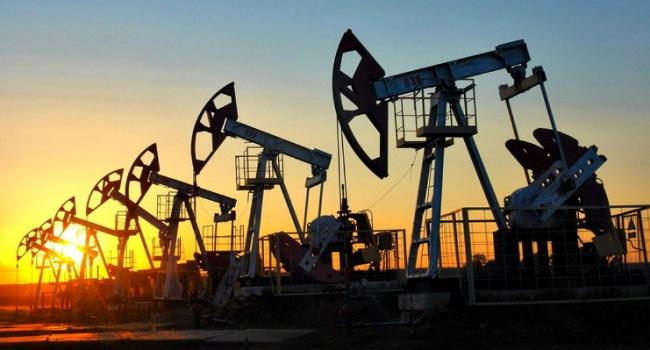 Чего ждать дальше: цена на нефть рухнула еще больше