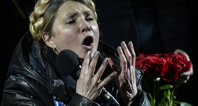 Блогер: обвал гривны, махинация со «свиным гриппом», договор с Путиным, как у такого политика вообще может быть хоть рейтинг?