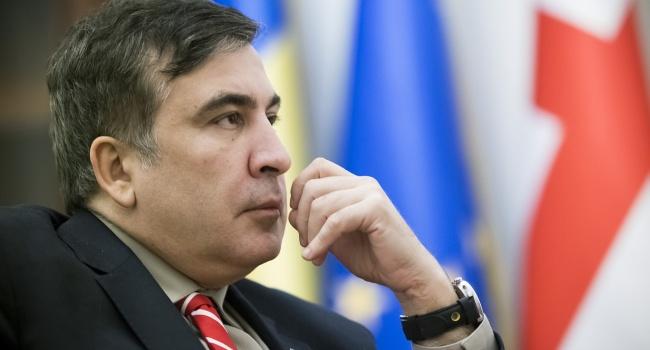 Публицист: на Западе Саакашвили проведет переговоры со спонсорами и сосредоточится на важной задаче — «прорывом границы № 2»