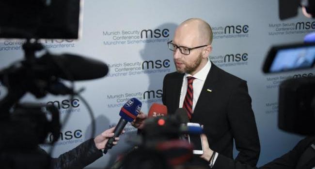 Новое заявления Яценюка: обязательно вернем Донецк, Луганск и Крым