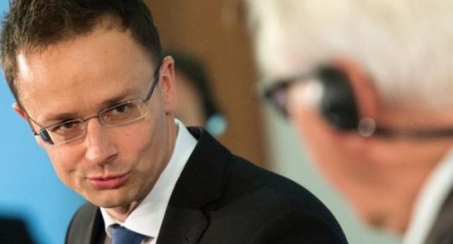 Венгрия продолжает оказывать давление на Украину: Сийярто выдвинул новые требования