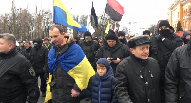 Касьянов: беззубыми мероприятиями «Движения новых сил» только повышаются акции нафталиновых «политиков»