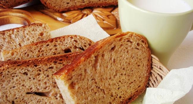 Хлеб, сахар, алкоголь и крупы: названы самые покупаемые продукты питания в Украине