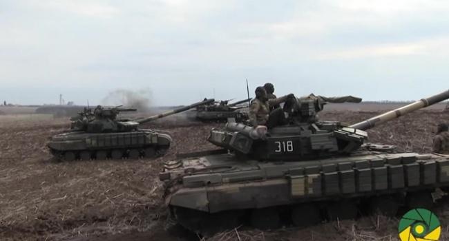 Перенимают опыт НАТО: под Львовом проходят масштабные танковые учения