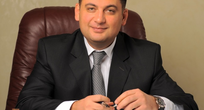 Гройсман отреагировал на обещания поднять минимальные зарплаты до 5 тысяч евро