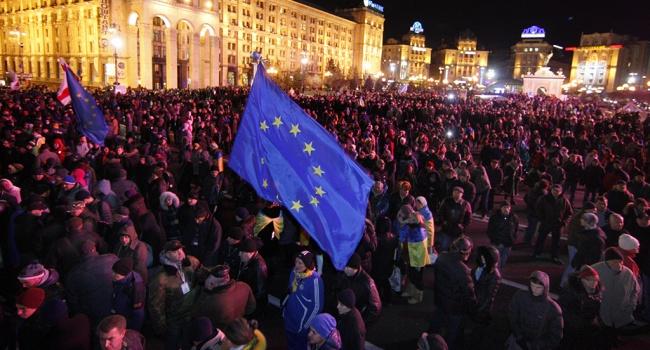 Кремлевским «консервам» не позавидуешь: большинство украинцев, готовых к уличным протестам, хотят в ЕС и НАТО, а не в Россию