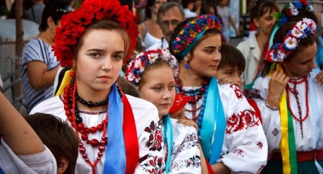 «Демографическое дно»: что поможет увеличить население Украины