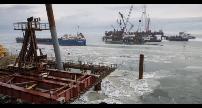 Эксперт пояснил, почему же Путин так спешит открыть горе-мост в Крым: «нужно что-то обещать, но он развалится»