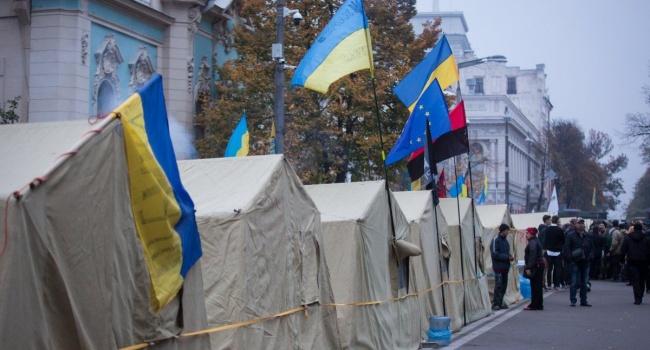 Сотрудники спецназа уничтожили палаточный городок на Грушевского, задержав почти всех протестующих
