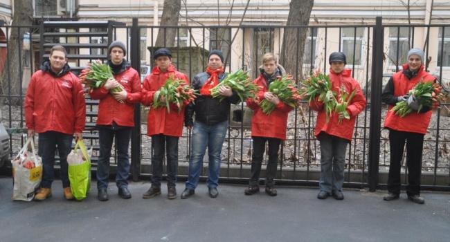 Политолог: коммунисты, придумав 8 Марта, заявляли, что семья – мелкобуржуазный пережиток и скоро все женщины станут общими