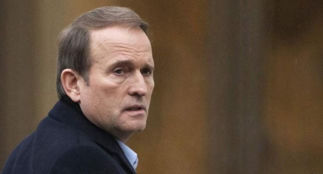Блогер: Медведчук побежит бить в набат перед Банковой и Кремлем