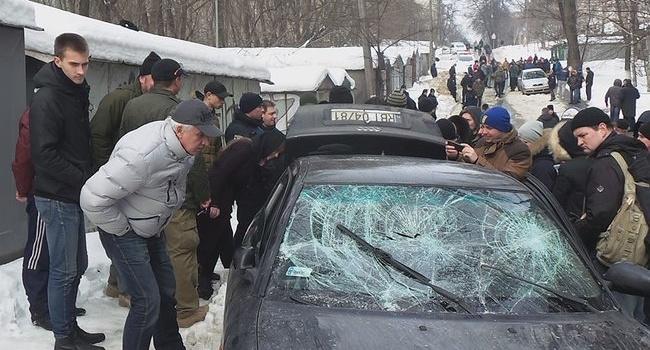 Семеро задержанных и избитый нардеп: блогер рассказал, почему «противостояние на Татарке» может охватить всю Украину