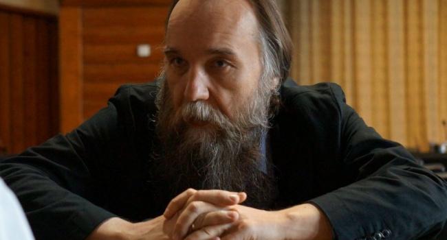 «Окажемся в черной дыре»: создатель идеологии «русского мира» прокомментировал свое отношение к ситуации в России