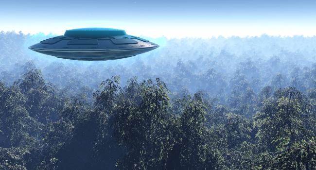 Гигантский НЛО над Бостоном шокировал пользователей