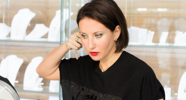 В России по-прежнему жива рабская психология – Алика Смехова