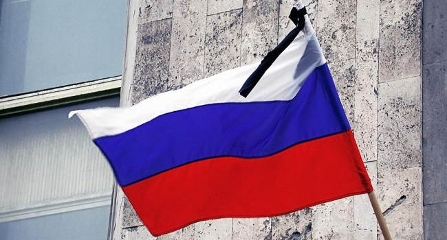Из-за трагедии в Кемерово высылка российских послов из стран ЕС и США будет отложена, – эксперт
