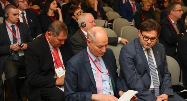 К высылке российских дипломатов присоединились Испания и Швеция