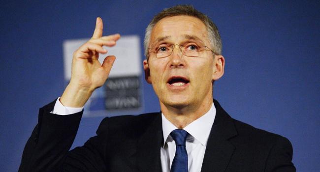 Столтенберг озвучил последствия выдворения дипломатов РФ из Альянса
